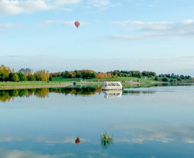Plukdome plaustu Mascio ezere