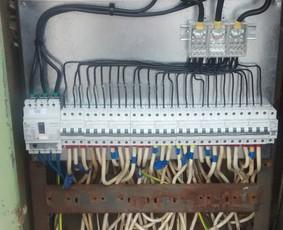 Atliekame elektros montavimo darbus, varžų matavimus