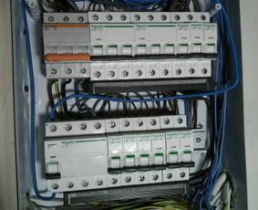 Elektrikas elektriko paslaugos instaliacija