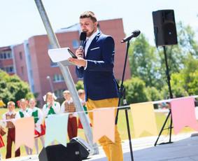 Betarpiškas renginių vedėjas Šarūnas Navickas LT/EN