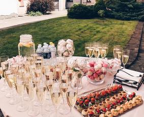 Laimės burbulai - šampano staliukas Kaune ir Vilniuje