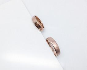 Juvelyrė, juvelyrinių dirbinių dizainerė