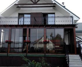 Balkonu, terasu, pavesiniu stiklinimas, plastikiniai langai