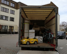 Krovinių pervežimas/Perkraustymo paslaugos