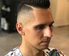 Vyriski kirpimai ir barzdu modeliavimas,skutimas