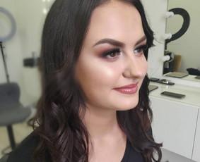 Makiažas ir šukuosena Vilniuje (Dyle make up) - Žirmūnuose