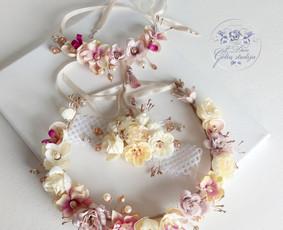 Šilko ir skintų gėlių lankeliai šventėms