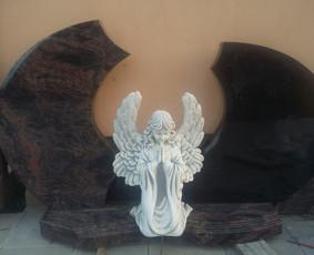 Paminklų, antkapių, skulptūrų gamyba