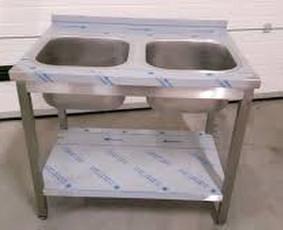 Nerūdijančio plieno stalų gamyba