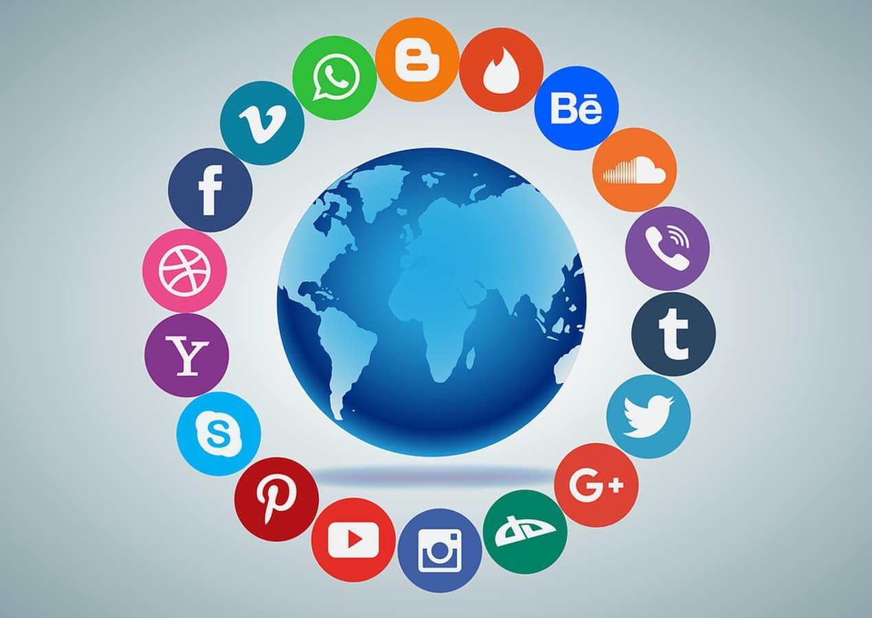 Susisiekime ir padiskutukime apie jūsų verslo sėkmės internete galimybes - info@ramonracius.com   +370 676 86106