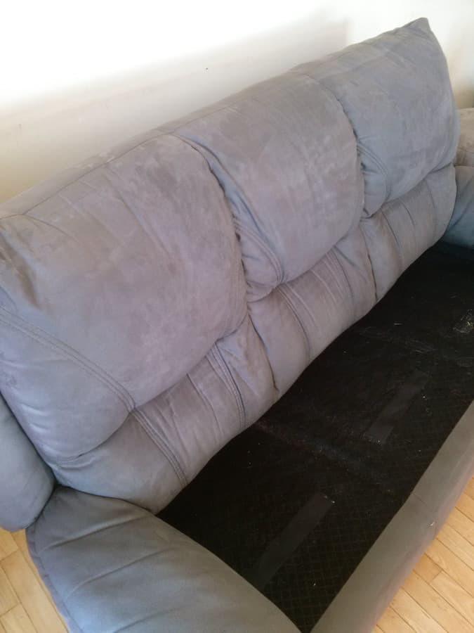 Minkstu baldu giluminis cheminis valymas. Baldai po plovimo išdžiūsta per 3-4 val., maloniai kvepia, paryškėja spalvos.