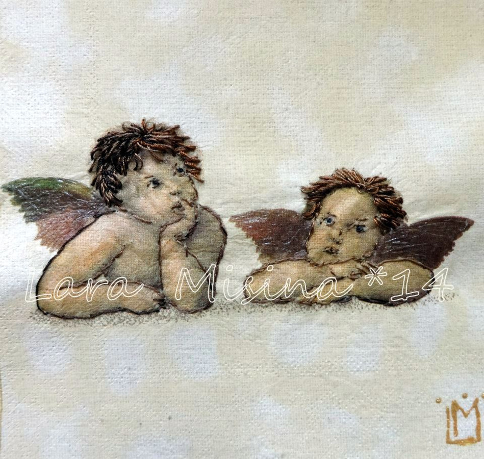 Dovanu idejos vaikams, krikstynoms.  Angeliukai. Rankų darbo išsiuvinėtas juostelėmis paveikslas - puiki asmenine dovana.  Tikslus siuvinėjimo ir jo tonavimo pakartojimas yra neįmanomas, kiekvienas išsiuvinėtas paveikslas yra vienintelis.