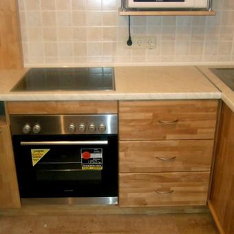 Virtuvinės spintelės (beržo masyvo)