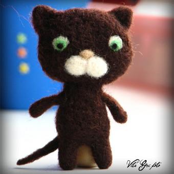 Katinėlis. Pakabukas. 7 cm