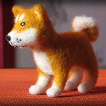 Akita veislės šuo. 10 cm