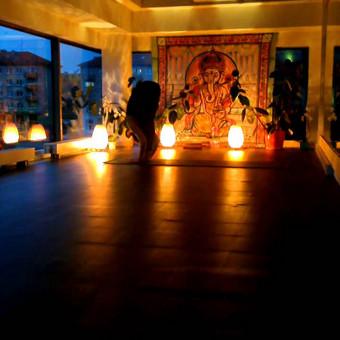 studijos Yoga Guru instruktorė Gražina