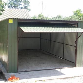 Garažas su pakeliamais vartais