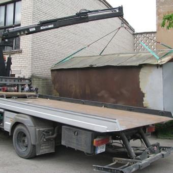 Metalinio garažo pasikrovimas ir pervežimas