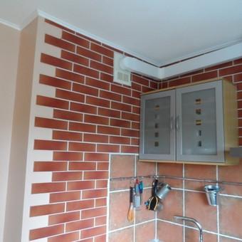 Perdažytos sienos,lubos,išklijuotos klinkerio plytelės