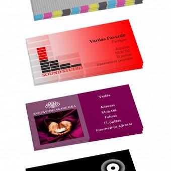 Įvairūs vizitinių kortelių vizualai.