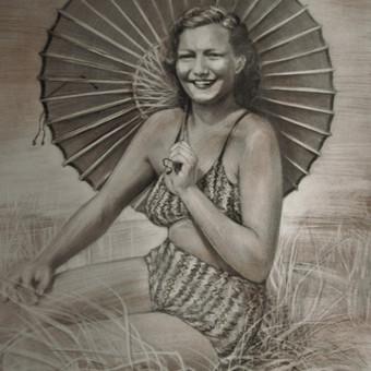 Moters portretas iš senovinės fotografijos,Palanga 1955m./grafitas