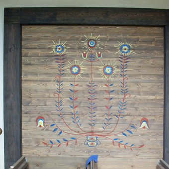 Lovos dekoras liaudies motyvais