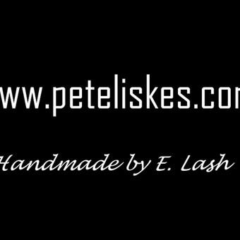 www.peteliskes.com - kuriame ir siuvame peteliškes/varlytes ir fantazijas pagal individualius užsakymus, virš 500 audinių pasirinkimas
