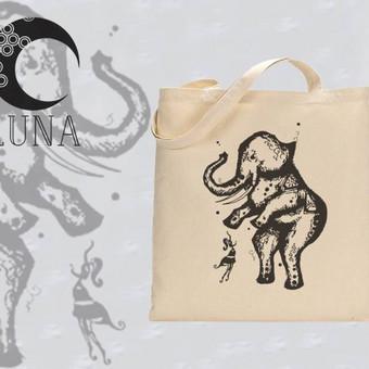 """Medvilninis maišelis su iliustracija pavadinimu """"Dramblys"""" Spaudos tipas- teemos spauda"""