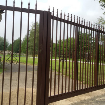 Tvoros, kiemo vartai, montavimas, kalvystės elementai. / UAB Metalo spektras / Darbų pavyzdys ID 397015