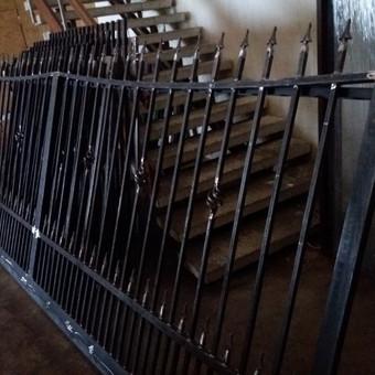 Tvoros, kiemo vartai, montavimas, kalvystės elementai. / UAB Metalo spektras / Darbų pavyzdys ID 397025