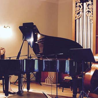 Pianistė Justė Kazakevičiūtė / Justė Kazakevičiūtė / Darbų pavyzdys ID 430717