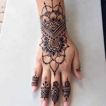 Piešiu laikinas henna chna tatuiruotes Vilniuje / Sigita Žvirgždaitė / Darbų pavyzdys ID 446789