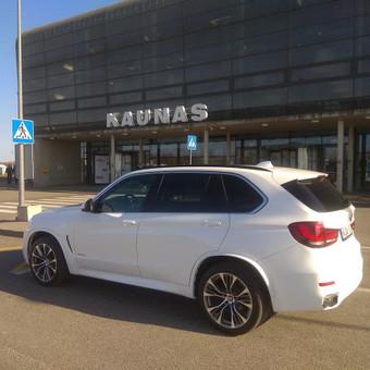 Kliento pasitikimas Kauno oro uoste ir pervežimas į Klaipėda