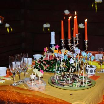 Mergvakario stalo puošyba