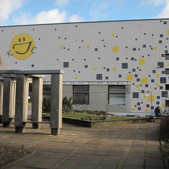 Fasado dekoravimas pagal architekto projektą, Kupiškio jaunimo centras.