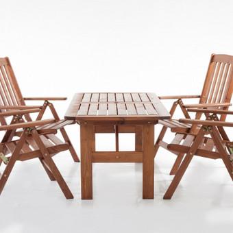 Komplektas 4 vietų. Kėdės yra 7 pozicijų ir sulankstomos