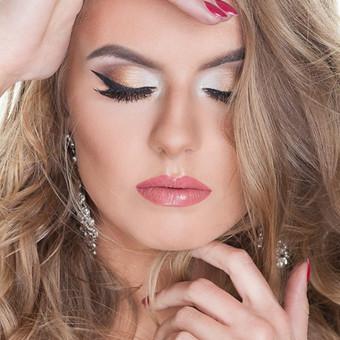 Nuotrauka: MUAH.LT Make up: Arisha Make up  Hair: Aleksandra Make Up & Hair Model: Aliona