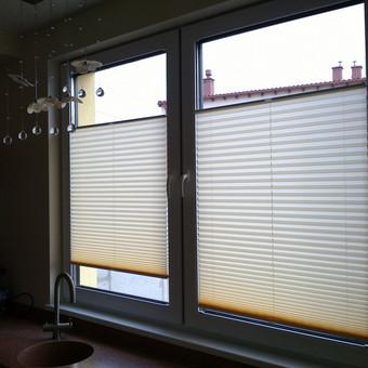 Plisuotos žaliuzės - patogus būdas dengti langus