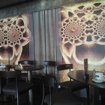 Fotoroletas kavinės patalpose