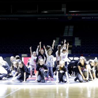 Šokių pamokos Vilniuje. Išmokti šokti gali visi. Pabandyk! / Kristina Piekautaitė / Darbų pavyzdys ID 525321