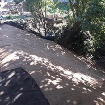 Atraminės sienelės .šlaitu .pakrančių,griovių tvirtinimas. / GeoMax / Darbų pavyzdys ID 530597