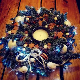 Kalėdinės dekoracijos namams, ofisams / Gėliu mergaitė / Darbų pavyzdys ID 537917