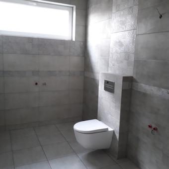 buto vonios irengimas