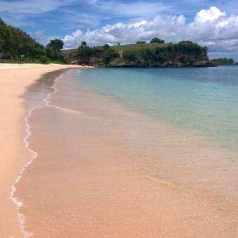 Rožinis paplūdimys, Lombok sala