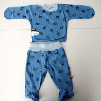 """Komplektukas naujagimiui """"Mėlyni peliukai"""" Mėlynas kelnyčių ir marškinėlių komplektukas – išties žavingas derinys jūsų mažajam berniukui. Medvilninis  rūbelių uždaromis rankovėmi ..."""