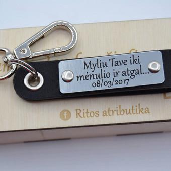 Automobiliu raktu pakabukai, ranku darbo raktu pakabukai. Facebook: ritos atributika