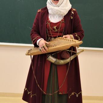 Renginių ir lietuviškų apeigų vedėja, atlikėja Skalsa Daiva / UAB Kruenta / Darbų pavyzdys ID 604211