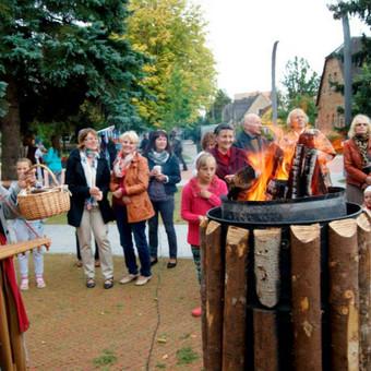 Renginių ir lietuviškų apeigų vedėja, atlikėja Skalsa Daiva / UAB Kruenta / Darbų pavyzdys ID 604461