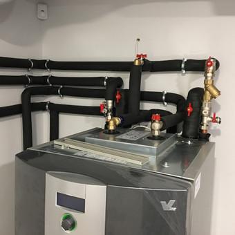 Šilumos siurbliai: oras - vanduo, gruntas - vanduo (geoterminiai), dujinės katilinė