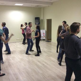 Salsa Bachata Solo Latino Vestuvinių Šokių Pamokos / Šokių studija Mambita / Darbų pavyzdys ID 622719